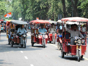 Centre to float bulk tenders for E-rickshaws